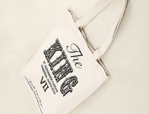 Canvas tote bag with inside pocket and zipper